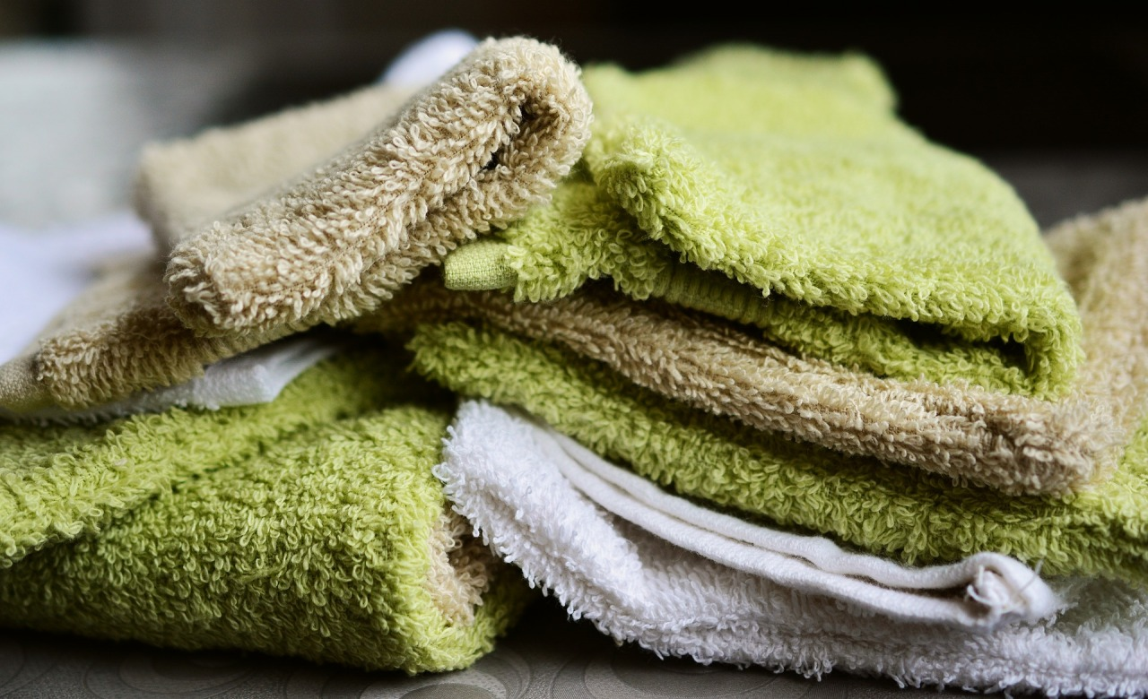washing-gloves-2676360_1920.jpg