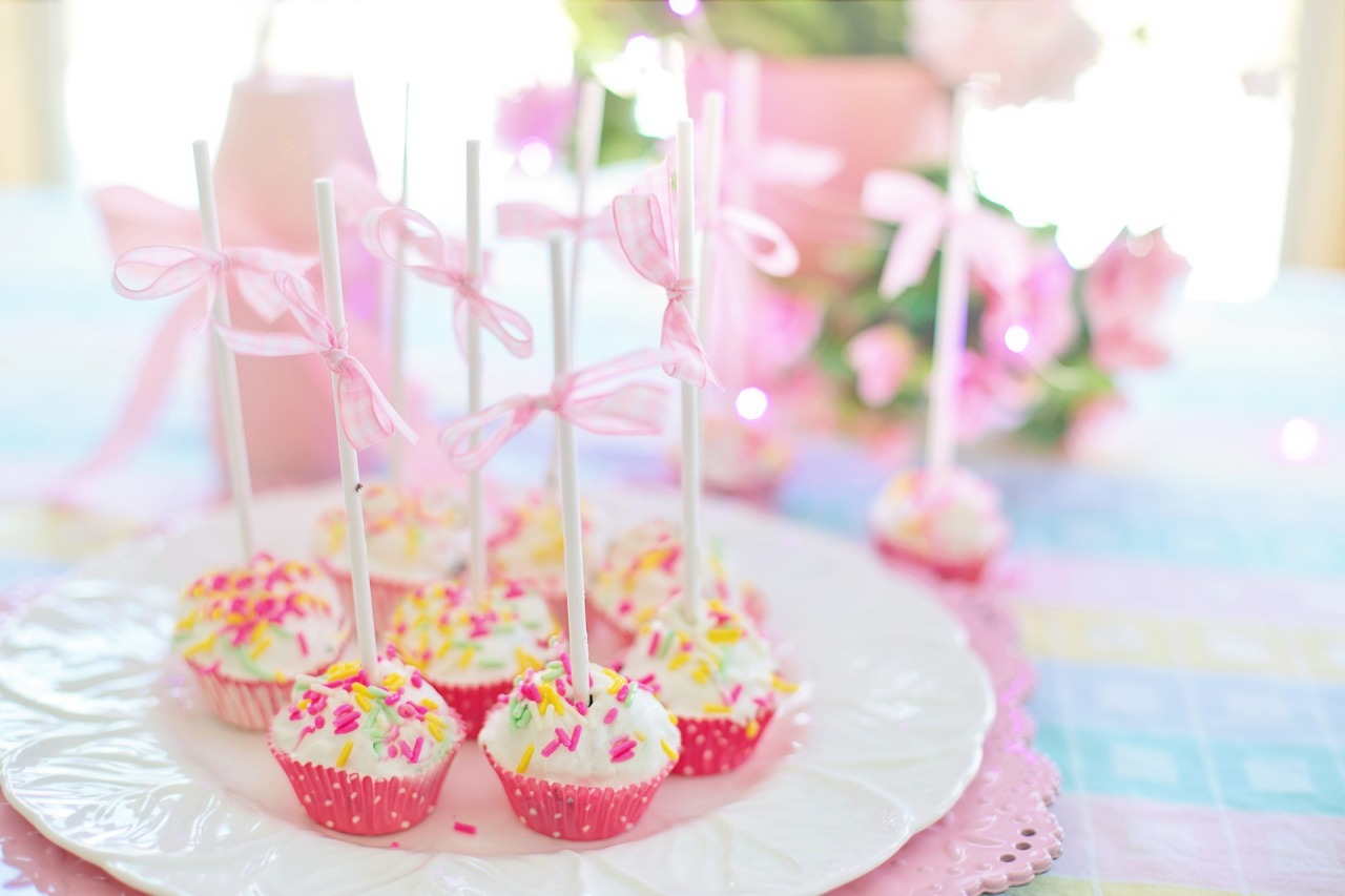 cake-balls-4073496_1920